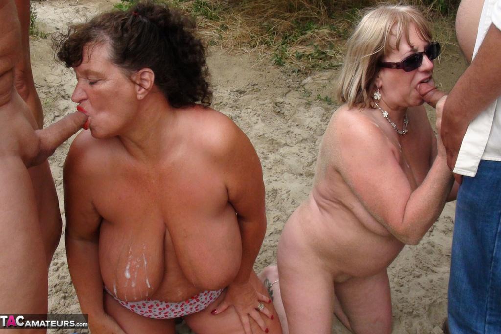 фото зрелые секс нудисты