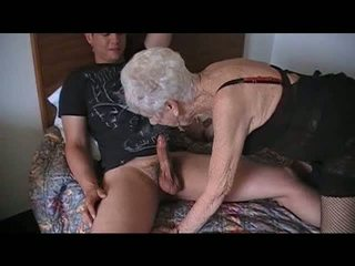 mobile view granny streaming porn