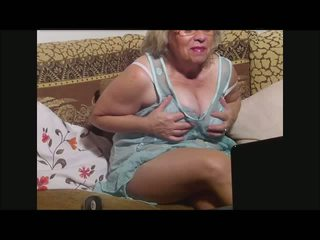 milf big naked boobs
