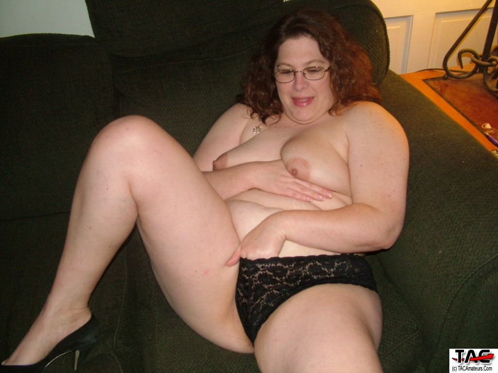 Horny mature cougar-9237