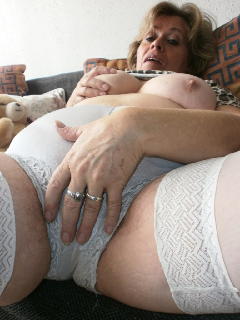 Mature women white panties-7534