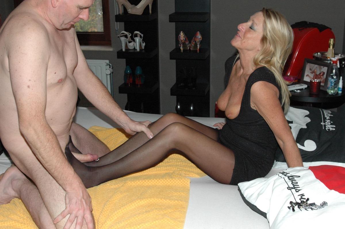 Big breast porn gif
