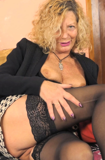 Mature TAC star Anne Swinger films and directs some of the hottest Mediterranean new cummers. This is European porn at its best