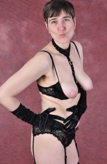 Hot Milf - HotMilf is exactly what her name says. The perfect all natural hot and horny MILF from Germany
