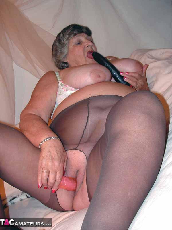 Granny in tights porn