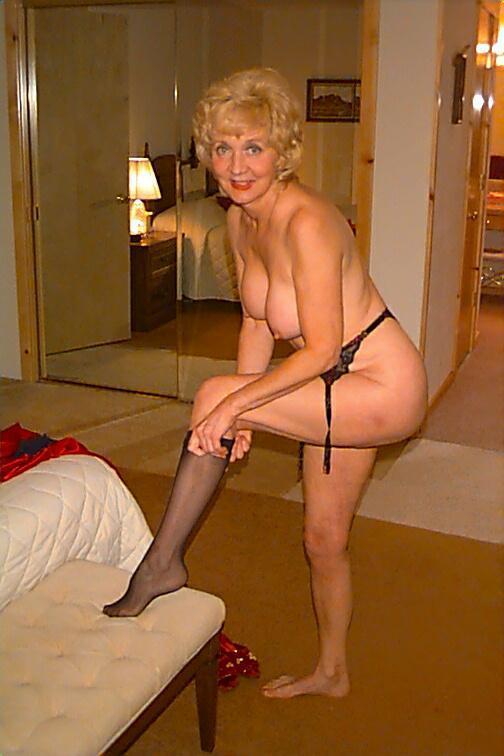Classycarol-Posing Nude Pictures-5812