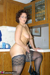 Reba. What's on Your Counter? Free Pic 4