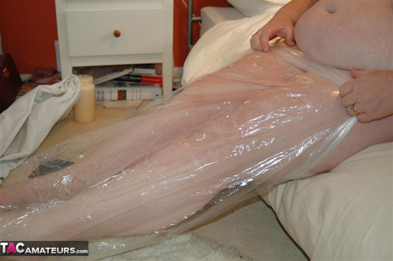 Cling film fetish pictures