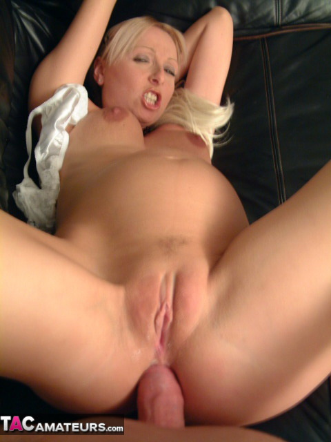 image Lady queen fucked by hairy fat arab