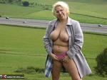 Barby. Barby Flashes to the M40 Free Pic 3