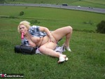 Barby. Barby Flashes to the M40 Free Pic