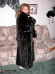 Devlynn. Devlynns Fur Seduction Free Pic 1