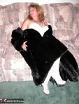 Devlynn. Devlynns Fur Seduction Free Pic 3