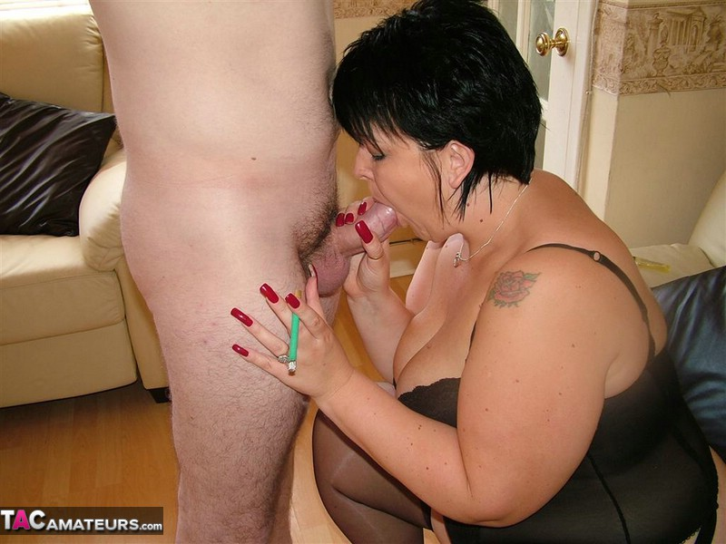 Mature Smoking Xxx And Mom Porn Pics