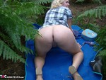 Barby. Woodland Wank Free Pic 8