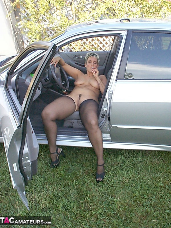 Saucy smokin milf from 1950039s