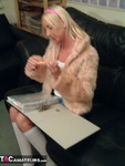 TraceyLain. Teeny Tracey and Her Lolly Free Pic 1