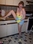 MoonAynjl. Cleaning The Kitchen Free Pic 13