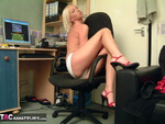 TraceyLain. Blonde in Shorts Free Pic 6