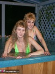 Reba. Hot Tub Heaven Free Pic 9