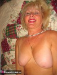 Ruth. Love Beads Free Pic 3