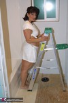 Reba. Painting The Bathroom Free Pic
