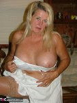 Adonna. Oldies but Goodies Free Pic 11