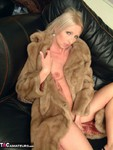 TraceyLain. New Fur Coat Free Pic 2