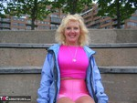 Ruth. Fit In Pink Free Pic