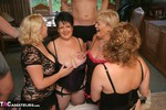 DoubleDee. Dee, Claire, Raz & Barby's Orgy Free Pic 2