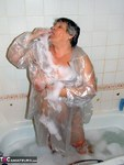 GrandmaLibby. Fun in The Shower Free Pic