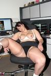 Reba. Look At My What? Free Pic 13