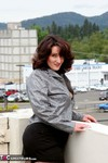 Reba. Up On The Roof Free Pic 3