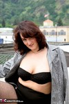 Reba. Up On The Roof Free Pic 4