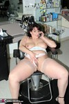Reba. Making Salon Appts Free Pic 11