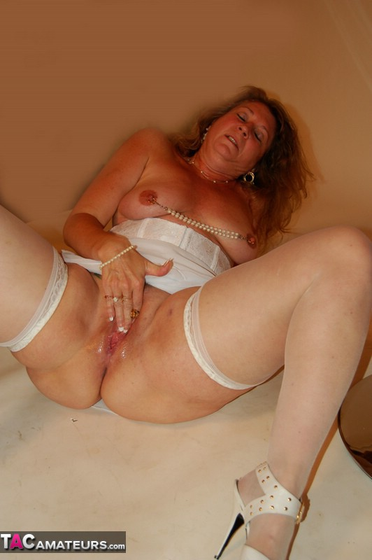 See And Save As Sdruws Hsuper Hot Mature Swinger Devlynn Porn Pict