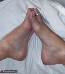 MoonAynjl. Foot Massage Free Pic