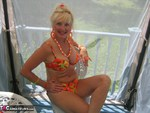 Ruth. Fun In The Sun Free Pic 7