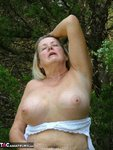 Adonna. Playing In The Park Free Pic 15