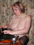 SpeedyBee. Web Camming Again Free Pic