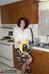 Reba. Lets Do Some Dishes Free Pic 3