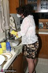 Reba. Lets Do Some Dishes Free Pic 7
