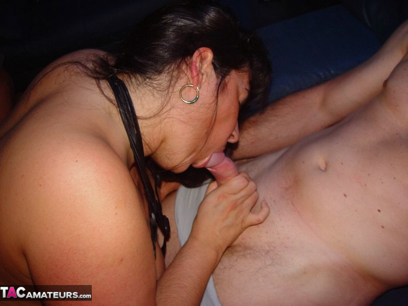 HornyTina-Fucking In An Erotic Cinema Pt2 Pictures: http://www.tacamateurs.com/refer/fucking-in-an-erotic-cinema-pt2/10672/000616/tgp4/