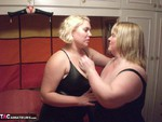 Barby. Barby & Kellys Lesbo Action Free Pic 1