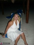 Barby. Barby Naughty On The Beach Free Pic 1