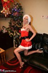 TraceyLain. Tracey Comes For Xmas Free Pic