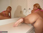 SweetJenny. Mirror Image Free Pic