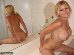 SweetJenny. Mirror Image Free Pic 19