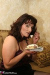 Reba. Want Some Pie Free Pic 4