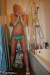 TraceyLain. Tracey's Shower Free Pic 3